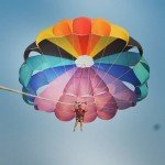 @instagram: When you are obsessed with the horizon view.  #live_spontrail #goa_diaries #goa #parasailing #anjuna #spontaneoustrails #backpackindia #instapic #exploreout #dreams #adventure #travelandlife