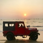 @instagram: #sun #roadtrip #trip #inde #india #goa #travel #travelling #traveller #asia #baga #beach #sea #sunset #car #lifeguard